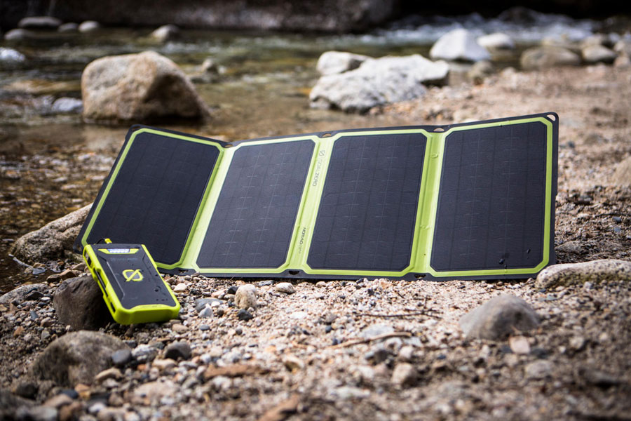 Hiluckey S025 Best Solar Chargers In 2020